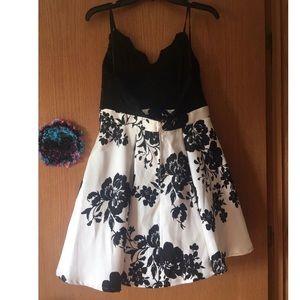 Windsor Dresses - Homecoming/Formal Dress
